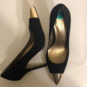 Jessica Simpson pointy gold tipped toe black